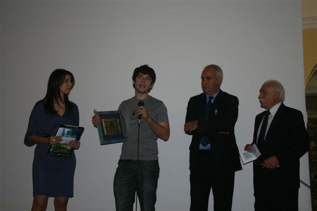 """IMMAGINI A CONFRONTO 11a Edizione 2008 - Premiazione Miglior Film """"I Nuovi Mostri"""" di  R. De Feo"""