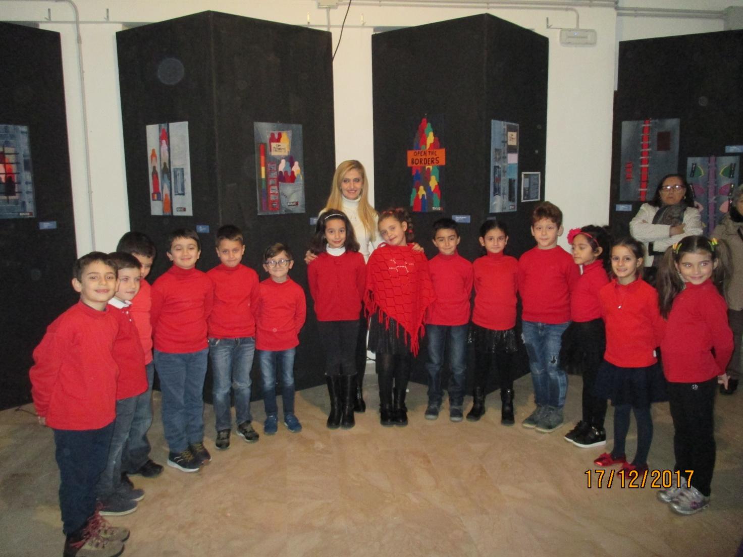 """Ponti Pialesi - Coro """"Costruiamo Ponti di Pace"""" - Classe II A Scuola Elementare Giovanni XXIII di Villa San Giovanni (RC)"""